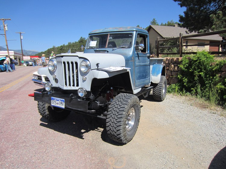 Pivnic 1957 Willys Pickup 15881838