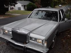 The18jake 1984 Lincoln Town Car