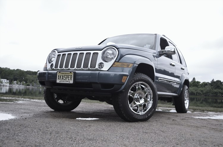 Alex-Kasper 2006 Jeep Liberty 18835868