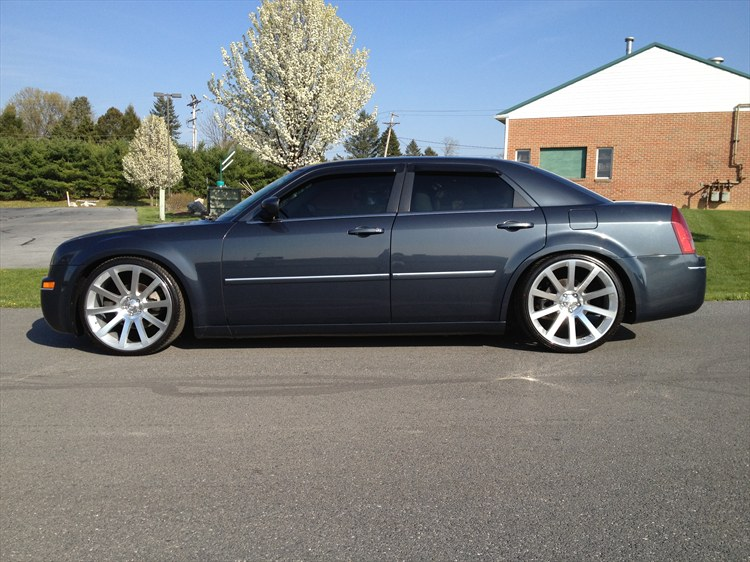 sick97gt 2007 chrysler 300touring sedan 4d specs photos. Black Bedroom Furniture Sets. Home Design Ideas
