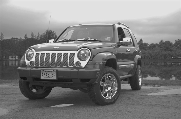 Alex-Kasper 2006 Jeep Liberty 18835859