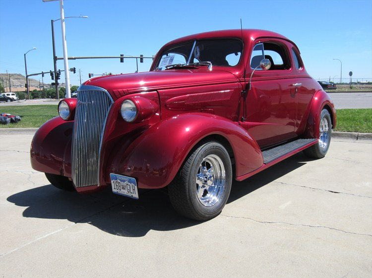 Another Pivnic 1937 Chevrolet Master Deluxe post... - 15894818