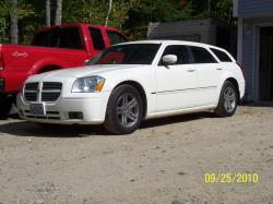 yota4now 2006 Dodge Magnum