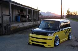 OMC 2005 Scion xB