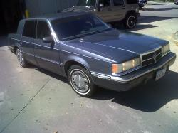cadillacpimping 1990 Dodge Dynasty