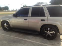 mob_ent 2002 Chevrolet TrailBlazer