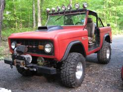 1929 Bentley 1972 Ford Bronco
