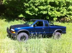 cabinetmaker1603 2000 Chevrolet S10 Extended Cab