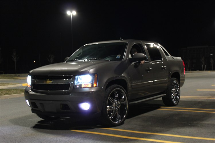 nsred 2011 chevrolet avalanche specs photos modification info at cardomain. Black Bedroom Furniture Sets. Home Design Ideas