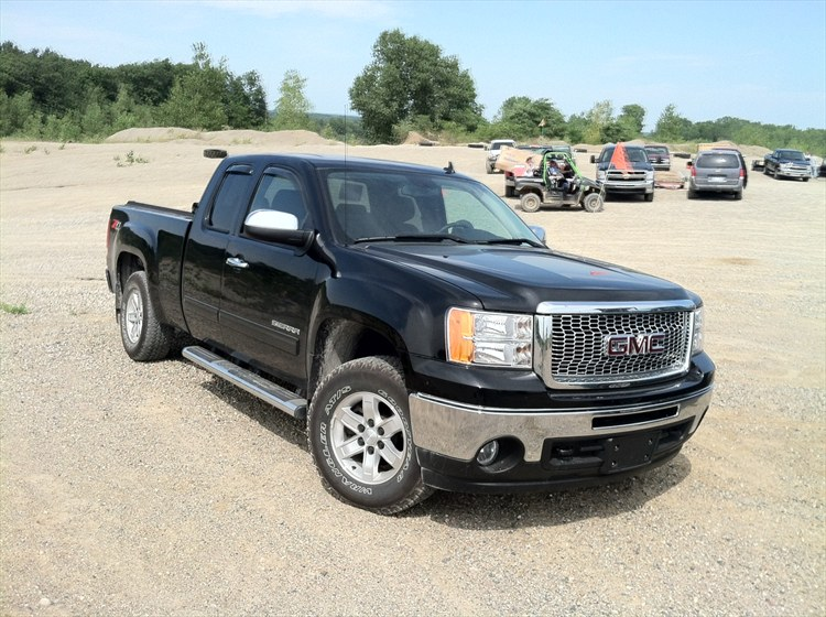 nathan leach 39 s 2010 gmc sierra 1500 extended cab in toledo oh. Black Bedroom Furniture Sets. Home Design Ideas