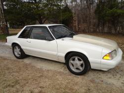 94_SL1 1988 Ford Mustang