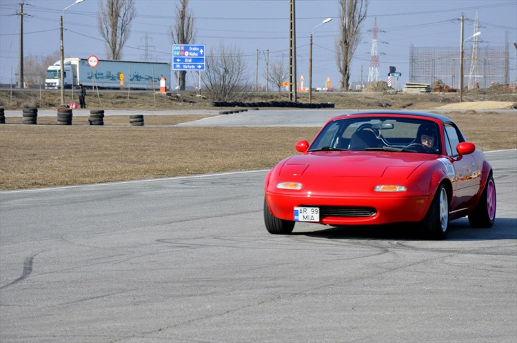Another PinkProbeLady 1991 Mazda Miata MX-5 post... - 15665922