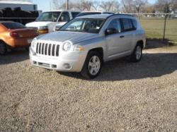 FamCarss 2009 Jeep Compass