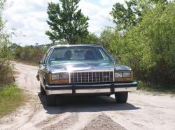 rolind01 1987 Ford LTD Crown Victoria