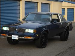 cadillacAnt 1987 Oldsmobile Cutlass Supreme