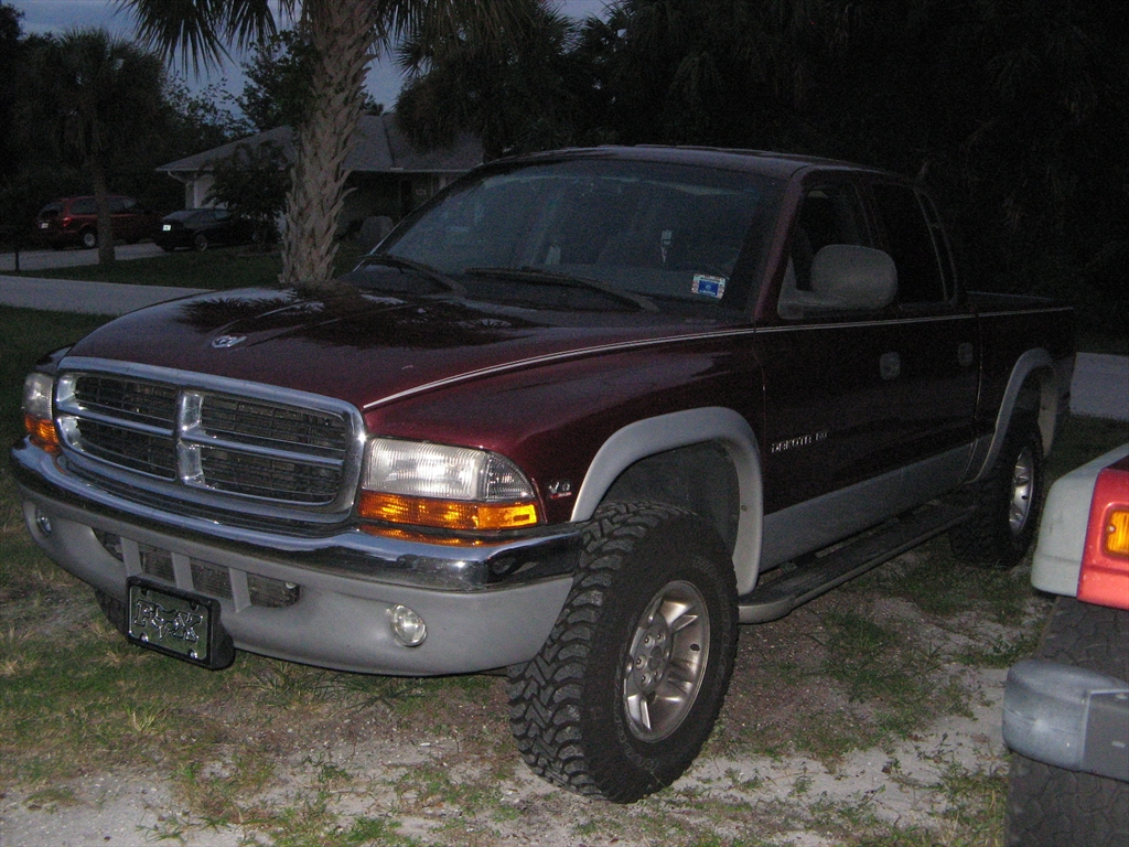 Large on 06 Dodge Dakota 4x4 Performance Modifications