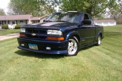JLenS10 2003 Chevrolet S10 Extended Cab