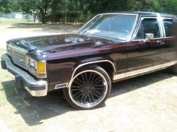 zaybush 1985 Ford LTD Crown Victoria