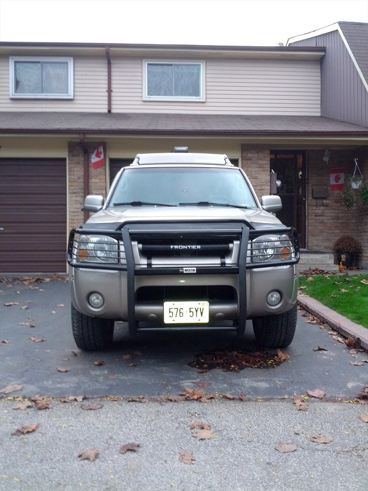 IRONMAN_321's 2004 Nissan Frontier Crew Cab XE Pickup 4D 6 ft in Whitby, ON