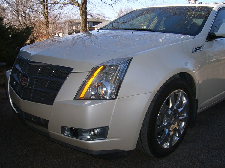 opinaca 39 s 2009 cadillac cts sedan 4d in saguenay qc. Black Bedroom Furniture Sets. Home Design Ideas
