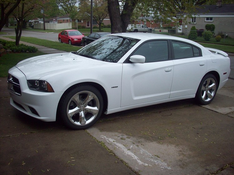 3mro44 2012 Dodge Charger 16037062