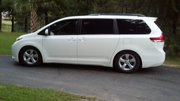 2011 Sienna LE with a few mods - 16351115