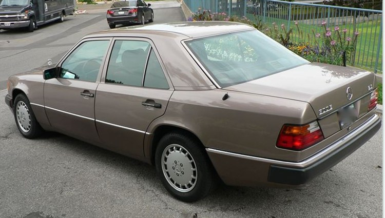 1supercleanbenzz 1993 mercedes benz 300e specs photos