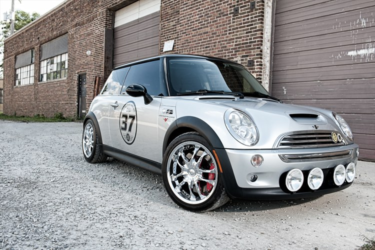 Another raven9mm 2003 MINI Cooper post... - 16319159