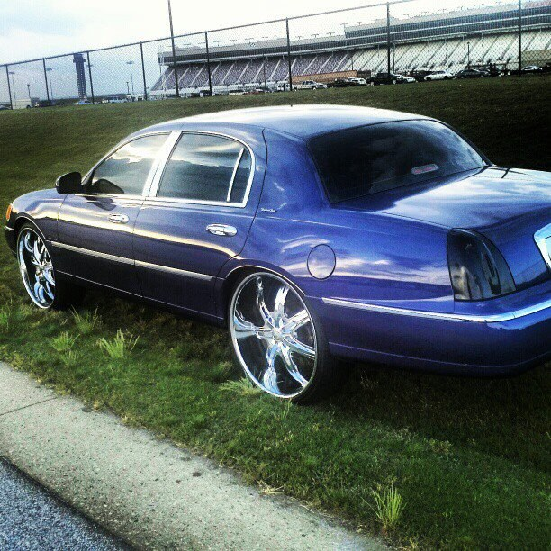 Another Stuntman86 1998 Lincoln Town Car Post 871218 By Stuntman86