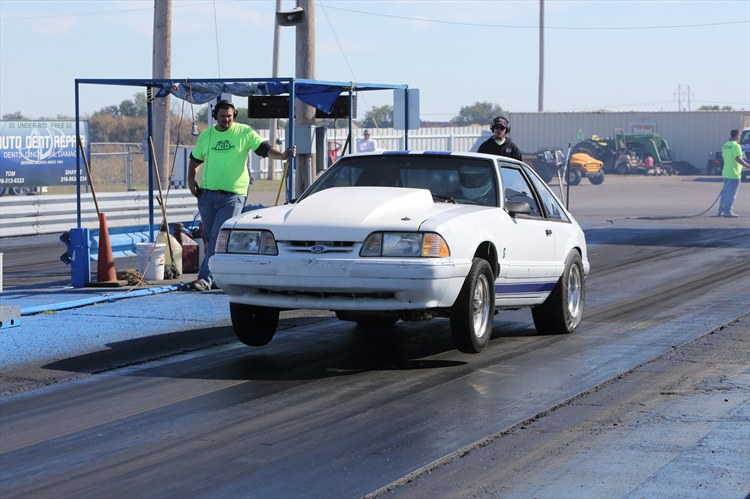 Another fiveironbiff 1989 Ford Mustang post... - 16354393