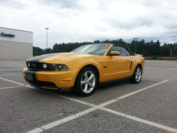 Raging56 2011 Ford Mustang