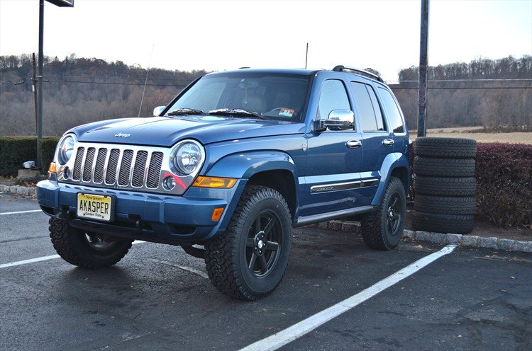 Alex-Kasper's 2006 Jeep Liberty