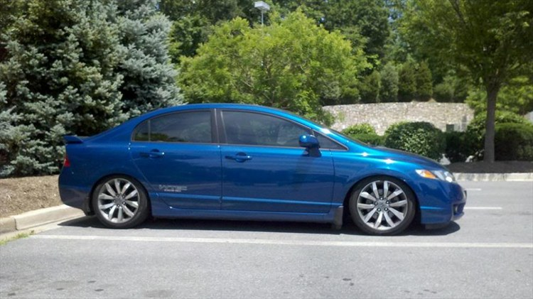 Bdott08 2009 Honda Civicsi Sedan 4d Specs Photos