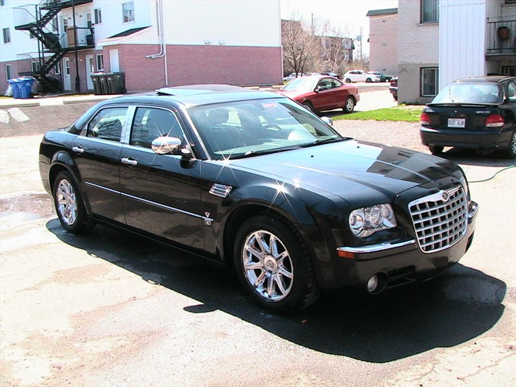 atouck196844's 2005 Chrysler 300