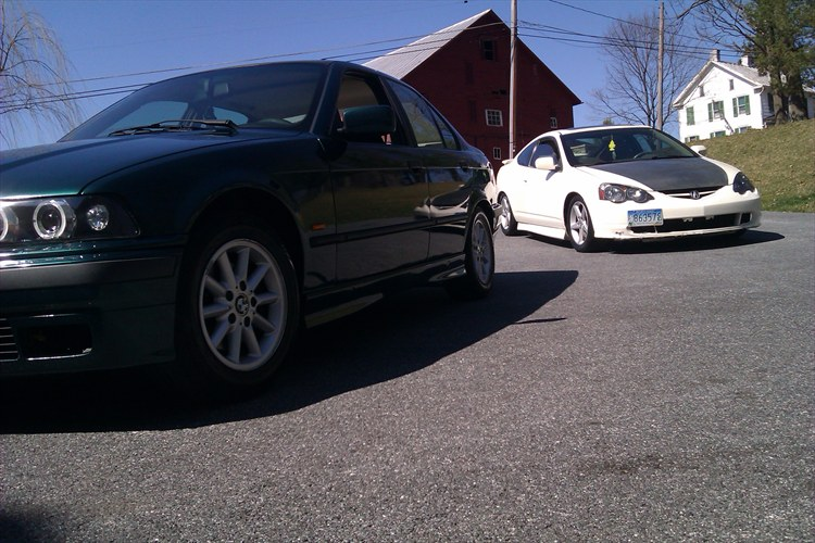 MY CAR WITH OTHER CARS  - 16259574