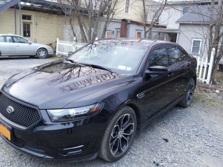 the xujn 39 s 2013 ford taurus in red hook ny. Black Bedroom Furniture Sets. Home Design Ideas