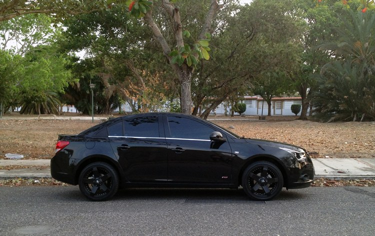2012 Chevy Cruze Black Rims