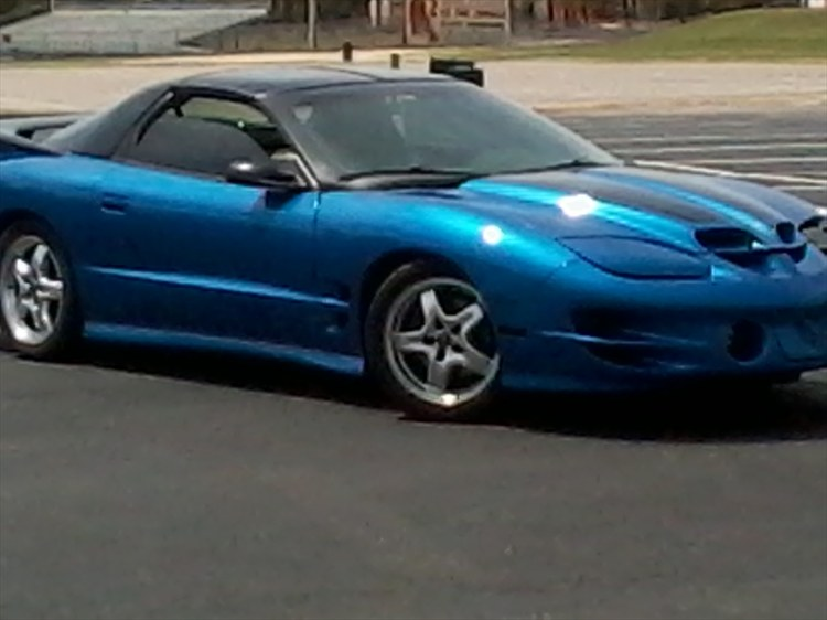 BlueBird02's 2002 Pontiac Trans Am