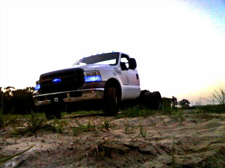 MichaelDykes 2005 Ford F350 Super Duty Regular Cab & Chassis