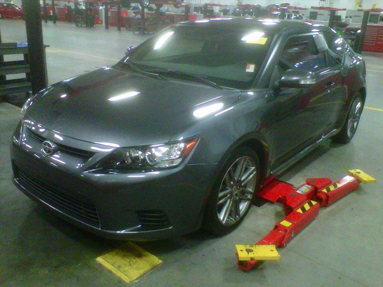 dillon233a 39 s 2011 scion tc hatchback coupe 2d in maine ny. Black Bedroom Furniture Sets. Home Design Ideas