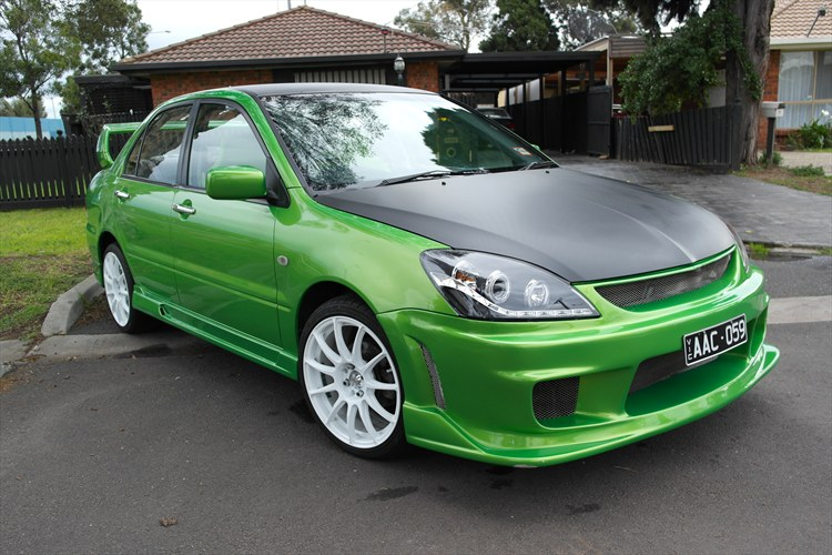 shane jesse 2004 mitsubishi lanceres sedan 4d specs photos modification info at cardomain. Black Bedroom Furniture Sets. Home Design Ideas