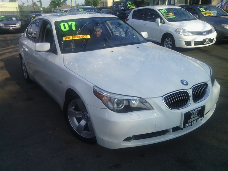 323AUTOEXCHANG 2007 BMW 5 Series525i Sedan 4D Specs Photos