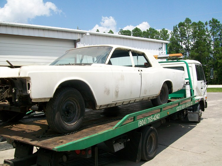 Another bshell 1969 Lincoln Continental post... - 16078798