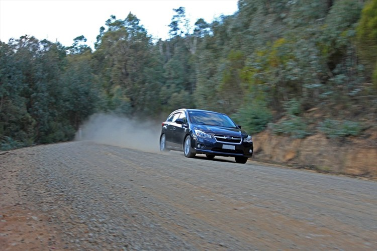 Some more outback bush driving - 16199714
