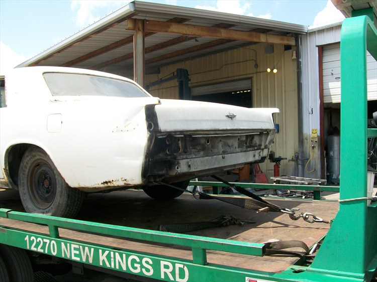 Another bshell 1969 Lincoln Continental post... - 16078800