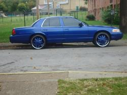 CHOPPERCITY35 2000 Ford Crown Victoria