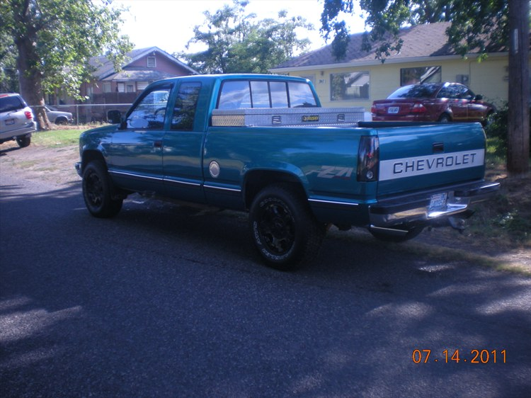 Another kid canadian 1992 Chevrolet C/K Pick-Up post... - 16199837