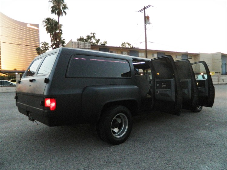 CUSTOM CHEVROLET SUBURBAN - 6 DOOR DUALLY - MATTE BLACK - CLASSIC SUV - 16300900