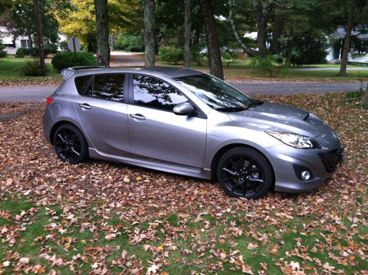 Research 2012                   MAZDA Mazda3 pictures, prices and reviews