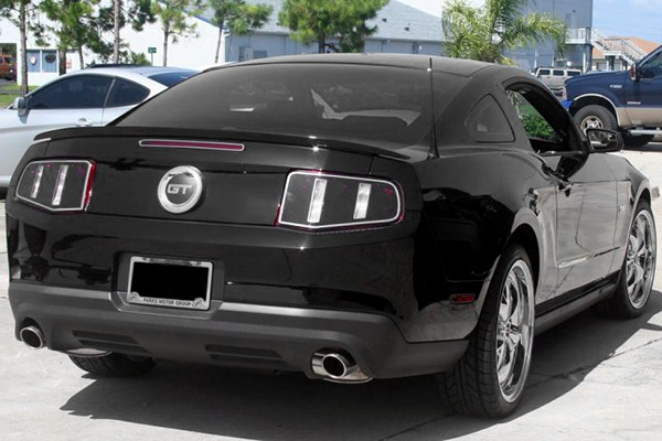 Ford Mustang V8 2010-2013, Blackout Tail Light Covers With Polished Trim Rings by ACC. - 16166960